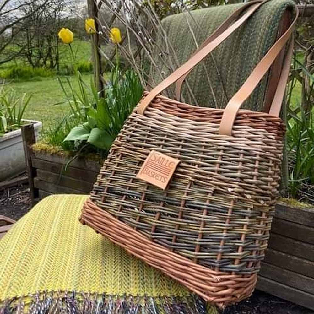 3 colour tote basket